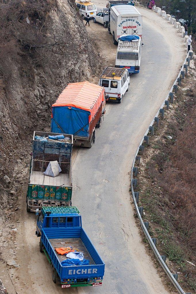 Explosive Van, Dochu La Pass, Bhutan